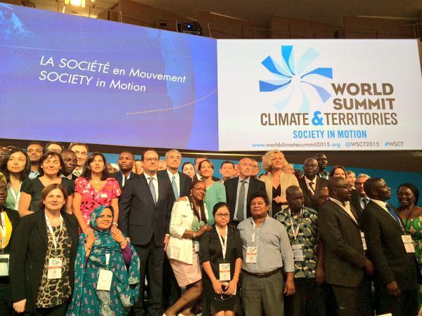 sommet_mondial_climat_et_territoires_annick_girardin_francois_hollande_gerard_collomb_et_segolene_royal_cle8beb91